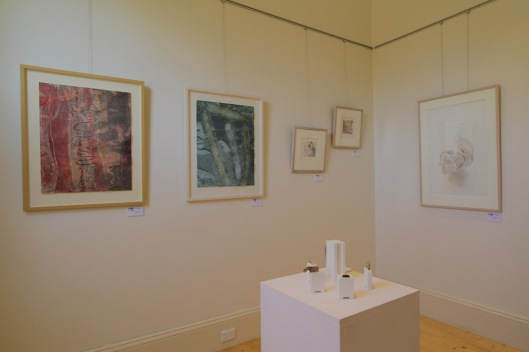 Monoprints by Richard Sullivan (L) and pencil drawing by Lee Shelden (R), with Georgina Duckett's installation 'Quintet'
